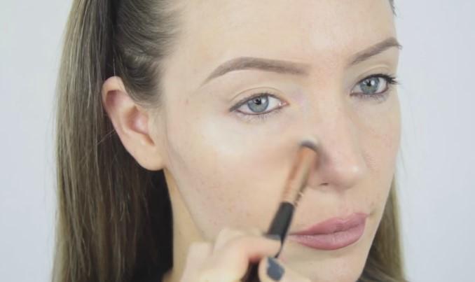 6 prostych porad, jak poprawnie nakładać podkład, by cały dzień Twoja twarz wyglądała świeżo