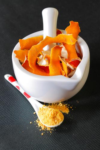 Boisz się przeziębienia? Zrób swój własny, domowy suplement zawierający witaminę C