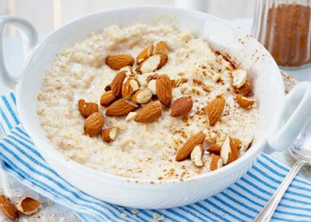 Pyszne i zdrowe pomysły na śniadanie, których przygotowanie nie zajmie Ci więcej niż 5 minut