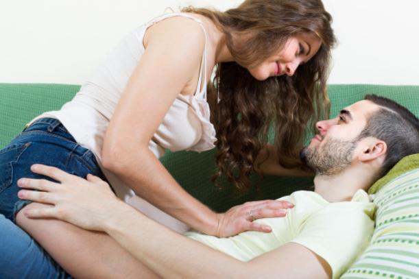 5 rzeczy, na które mężczyzna zawsze zwraca uwagę podczas seksu. Co kryje się w jego umyśle?