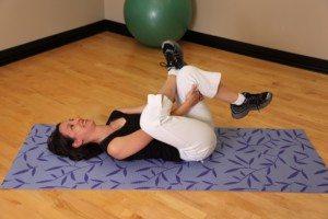Możesz długo walczyć bólem rwy kulszowej, a wystarczy 6 szybkich ćwiczeń, by się go pozbyć