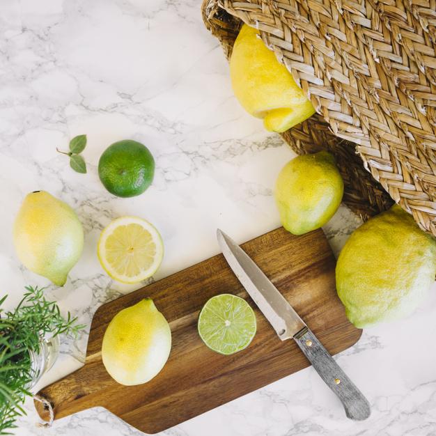 Zmrożoną cytrynę zetrzyj na tarce. Uzyskasz z niej aż 5 razy więcej witamin!