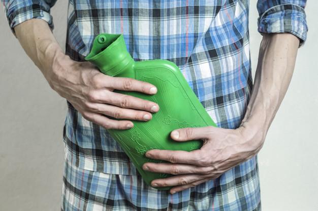 Mężczyzna powinien siedzieć podczas sikania. Zapobiega to infekcjom i groźnym chorobom!
