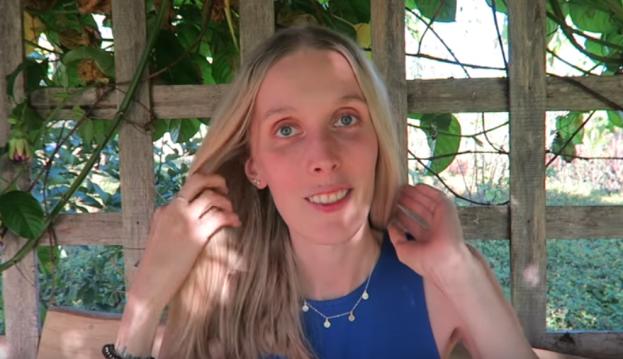 Polska youtuberka chce wyleczyć raka wodą. Internauci chcą ostrzec ją przed sektą