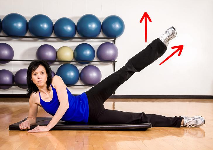 5 prostych ćwiczeń na przerwę między nogami. Zajmą jedyne 10 minut dziennie