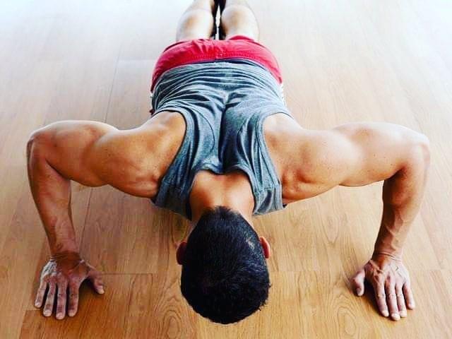 Mężczyźni, którzy nie mogą zrobić 10 pompek mają większe ryzyko choroby serca