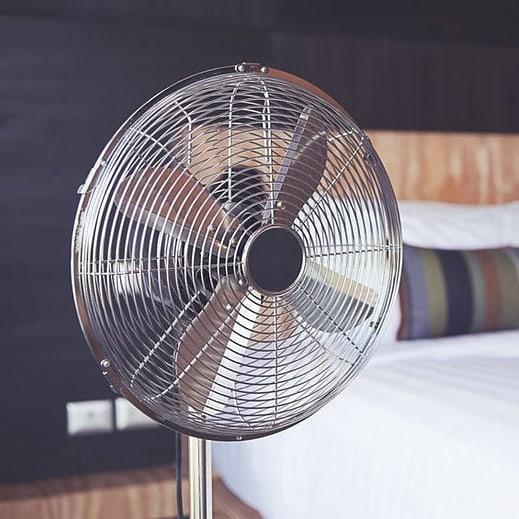 Jak ustawić wiatrak w pokoju