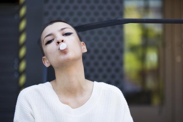 4 zaskakujące powody, które przekonają Cię, że guma do żucia jest… zdrowa!