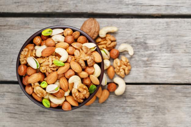 8 produktów spożywczych, których wprowadzenie w dietę powinna rozważyć każda kobieta