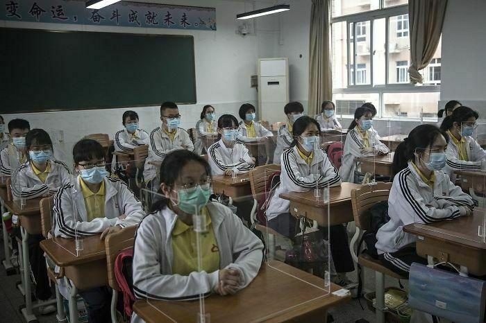 20 zdjęć, które pokazują, jak może wyglądać życie i świat po pandemii koronawirusa