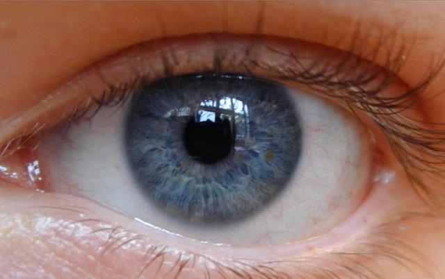 kolor oczu a osobowość